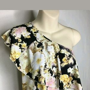 NWT Diana Belle One Shoulder Ruffle Floral Top